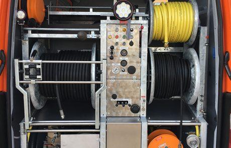 Pöck's Abflussreinigungswerkzeuge im Auto